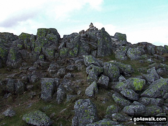 Walk c108 Crinkle Crags from The Old Dungeon Ghyll, Great Langdale - Crinkle Crags (South Top) summit