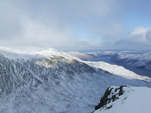Looking back to Kidsty Howes and Haweswater from Rough Crag (Riggindale) summit in the snow