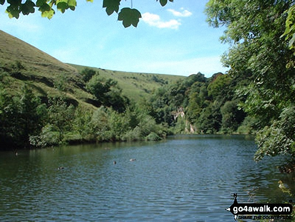Water-cum-Jolly Dale. Walk route map d265 The Monsal Trail and Taddington from Wye Dale photo