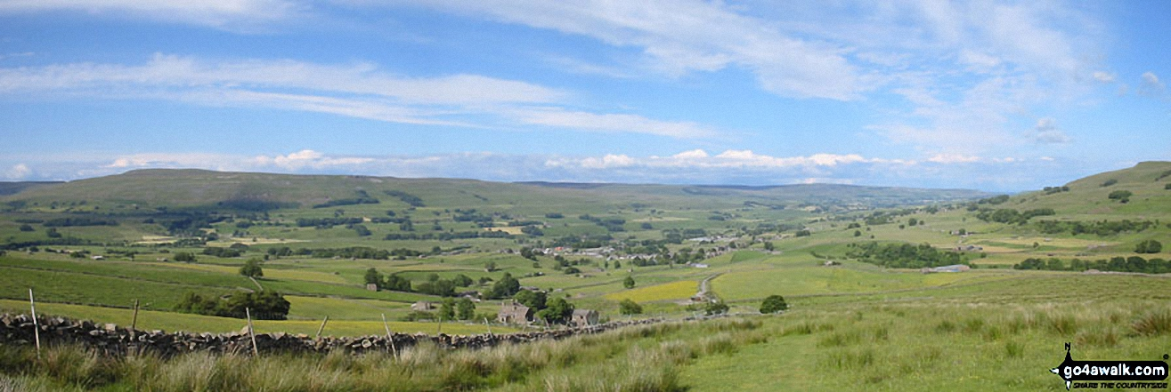 *Looking down into Hawes from The Pennine Way