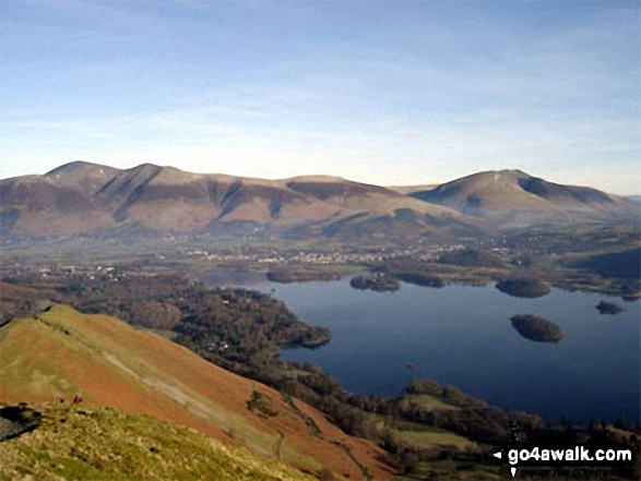 Skiddaw, Blencathra (or Saddleback) and Derwent Water from Cat Bells (Catbells). Walk route map c399 Cat Bells and Derwent Water from Keswick photo