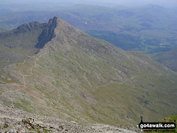 Walk Y Lliwedd walking UK Mountains in The Snowdon Area Snowdonia National Park Gwynedd    Wales