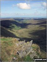 Walk route map dn127 Pen Bwlch Llandrillo Top and Cadair Bronwen from Llandrillo Llandrillo, Pont Rhyd-yr-hydd, Bwlch Llandrillo Wayfarer Memorial, Pen Bwlch Llandrillo Top, Cadair Bronwen (North Top), Cadair Bronwen, Bwlch Maen Gwynedd, Ffordd Gan Elin, Llandrillo The Berwyns,   Denbighshire,  Wales
