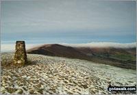 Walk Mam Tor walking UK Mountains in The Dark Peak Area The Peak District National Park Derbyshire    England